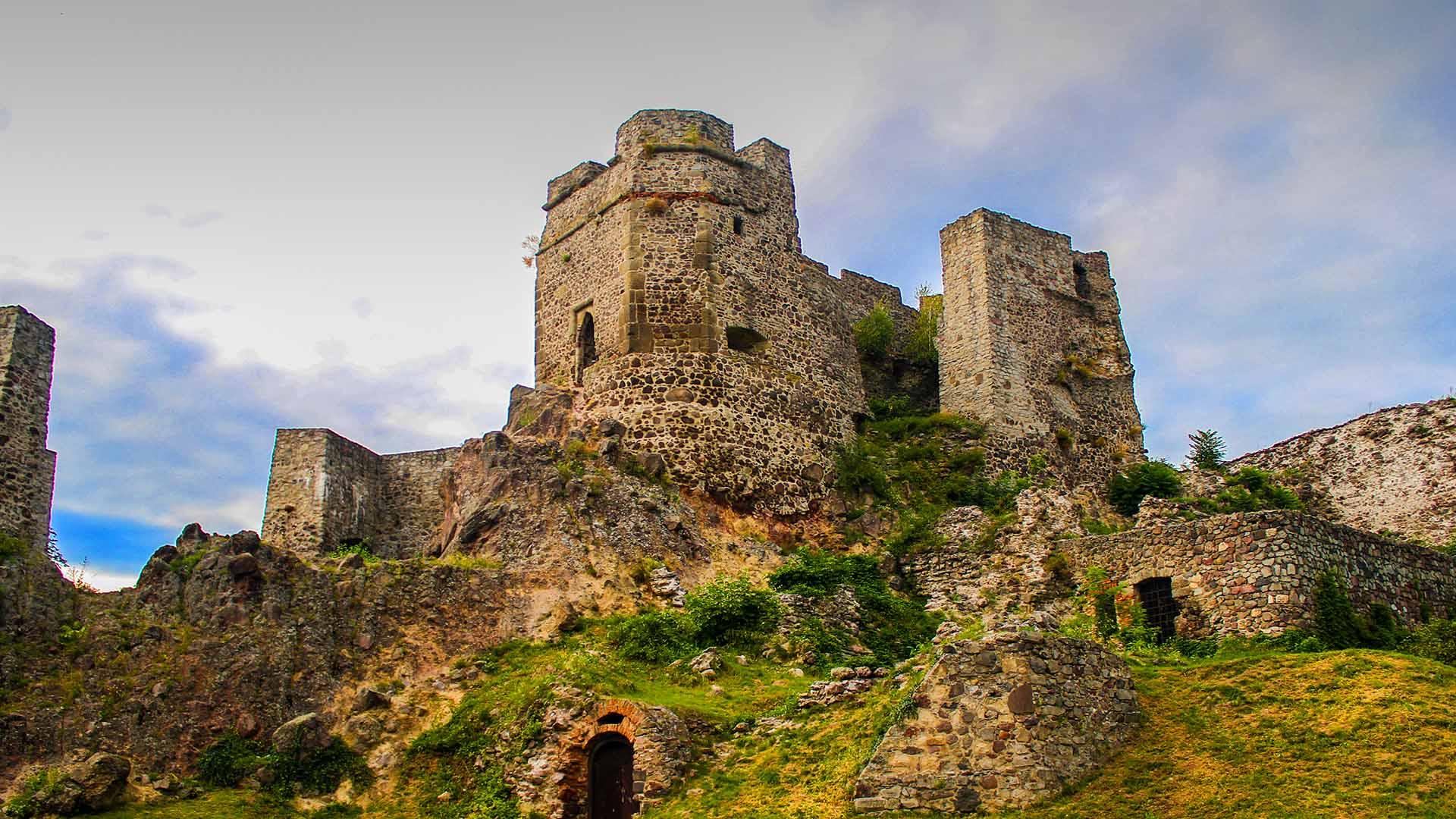 hrad-levice